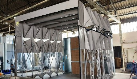 retractable spray booth