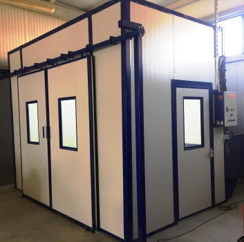 industrial liquid spray booth