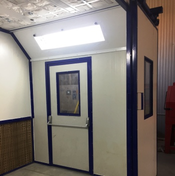 liquid spray booth